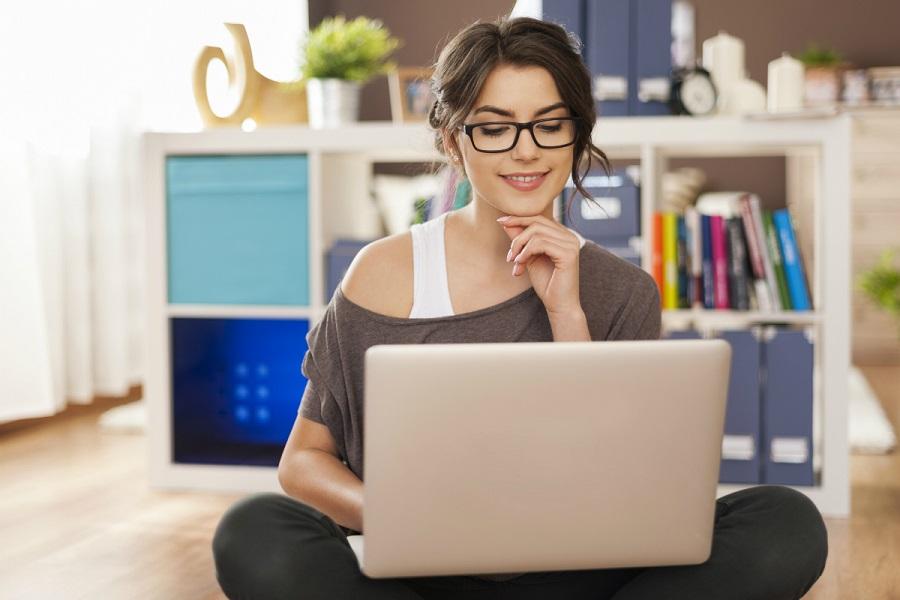 Bekerja dari Rumah manfaat Internet