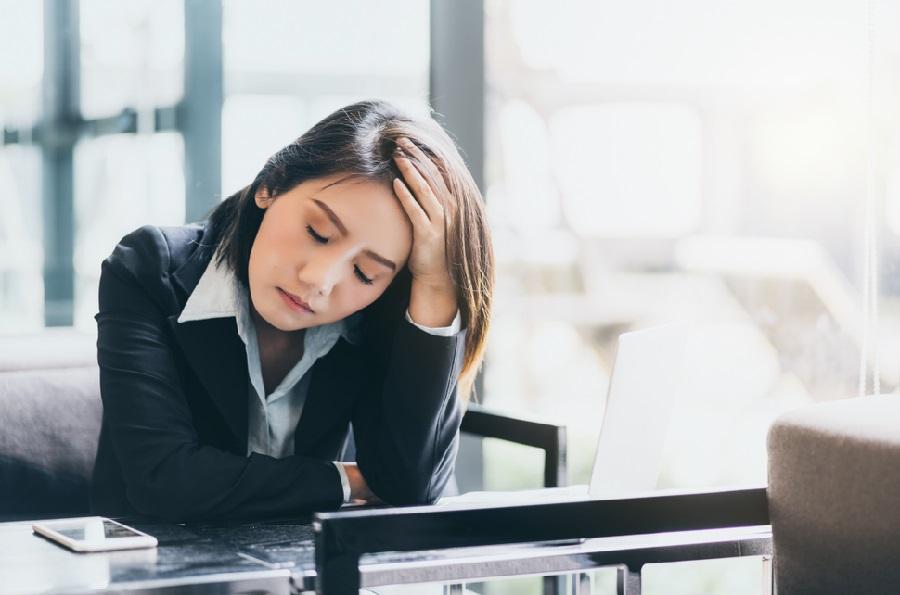 Malas Bekerja masalah keuangan di Kantor Berkinerja Buruk